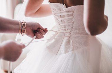 Porter une robe de mariée pour son mariage